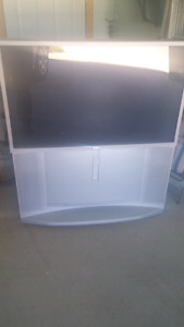"""51"""" Sony Projection tv"""