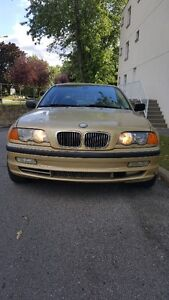 2001 BMW 3-Series 330 Xi / Lire attentivement S.V.P.