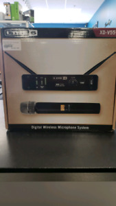 Line 6 XD-V55 wireless Microphone Mint in box