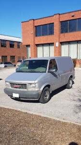 2000 GMC Safari Cargo Van Only 138,000 km
