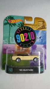 HOT WHEELS RETRO ENTERTAINMENT 65 MUSTANG BEVERLY HILLS 90210
