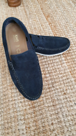 Men's navy suede boat shoes size 6