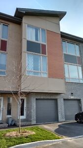 NEW TOWNHOUSE (2 BEDROOMS) FOR RENT
