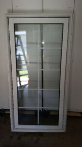 Casement Window with screen