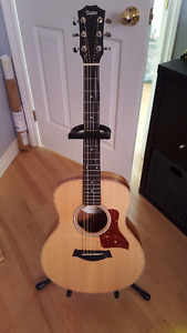 Taylor GS Mini Spruce/Koa Limited Edition with ES-GO pickup