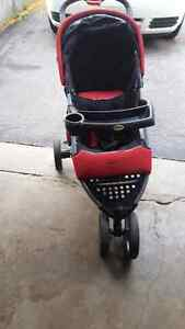 safety first jogging stroller  London Ontario image 6