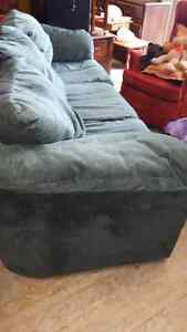 LARGE COMFORTABLE COUCH London Ontario image 3
