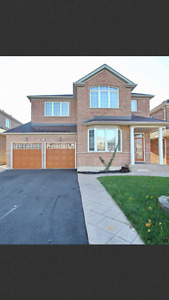 Very  beautiful 4 bedroom house for rent at sandalwood/dixie
