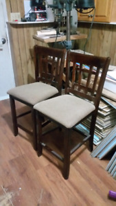 2 Bar Stools or high dining chairs
