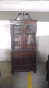 Solid wood one piece china cabinet