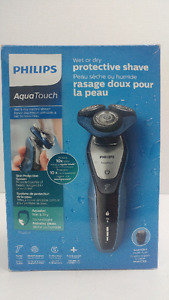 Philips electric shaver Series 5000 Wet Dry. Refurbished