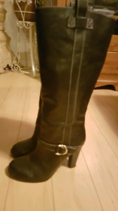 Ladies black leather boots size 9.5