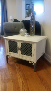 Distressed boutique cabinet/table - by Black&White Remix $150