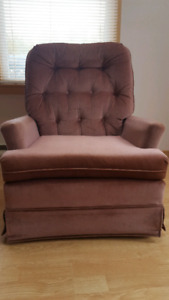 Pink chair for sale $15
