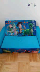 Toy store 2 in 1 foam chair for kids