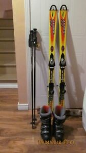 SKIS 140CM +BOOTS