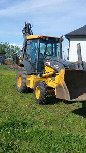John Deer 410 J Backhoe