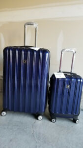 Delsey Aero Helium Expandable Spinner 2 Pc Luggage Set