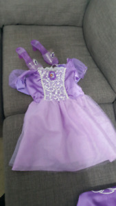 Sofia the first costume. Size 4 to 6
