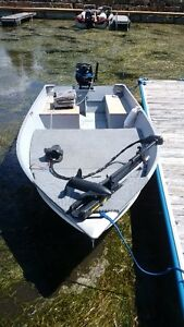 14' Lund WC, Mercury 25 HP and Trailer Package Peterborough Peterborough Area image 2