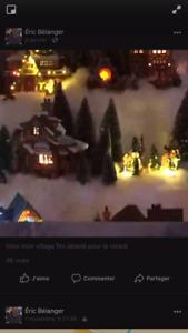 Village d'antan de Noël électrique.