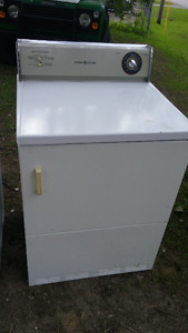 Dryer Secheuse marche tres bien works well large tub
