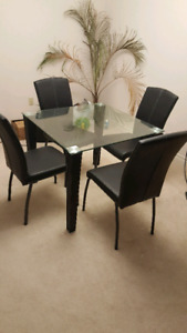 5 PC Dinning table