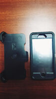 iPhone 6/6s Otter Box Defender **MINT CONDITION**