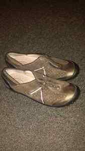 Privo Women's shoes for sale Peterborough Peterborough Area image 2
