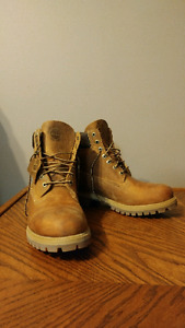 Never-worn size 9 Timberland Boots