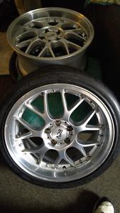 "5x112.  18""    8.5"" wide 2"" lip.  Trade for 17"" audi wheels"