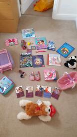 bundle girls toys £5 the lot Vtech Walkie talkies jigsaws books etc