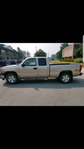 Silverado 1500 2005 4x4 5.3L with the off road package