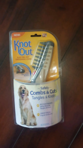 Brand new Knot Out Electric Pet Grooming Comb