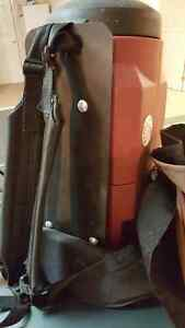 Backpack Professional Vacuum Cleaner Electroklean 2000 West Island Greater Montréal image 2