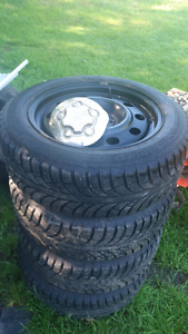 5 bolt steel rims winters almost new