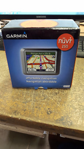 GPS Garmin Nuvi 250 usager fonctionnel