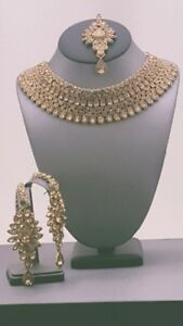 Very Trendy Indian Bollywood Jewellery Kundan Rhinestone Choker