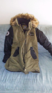 Headroom winter jacket only worn few times
