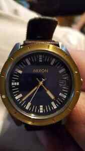 Gold nixon ( the rover ) men's watch mint * Windsor Region Ontario image 1