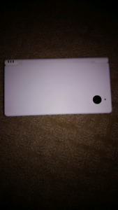Nintendo DSi with Case and CHARGER!!