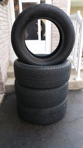 Set of 4 Michelin Hydro Edge Tires: P225/60R16