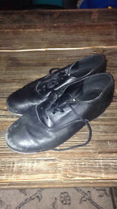 Tap Shoes Boys 1.5