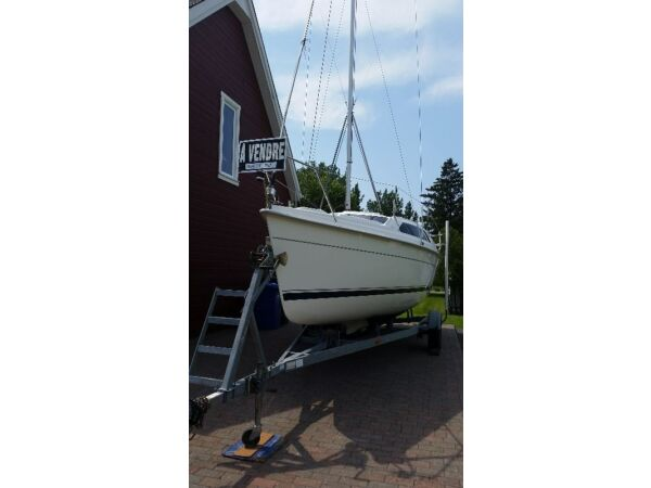 Used 2004 Other Hunter 240