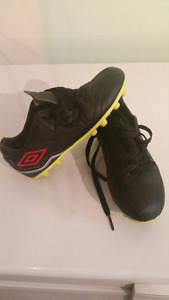 Umbra Kids Soccer Shoes