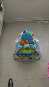 baby sit up chair somular to bumboo chair but better brand new!!