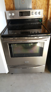 Selling a fridge and stove