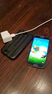 Samsung S4 with case and charger