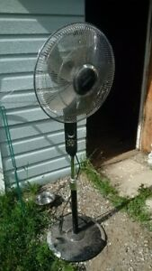 Black upright fan, new condition for sale