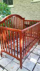Wooden Crib with Cherry Finish